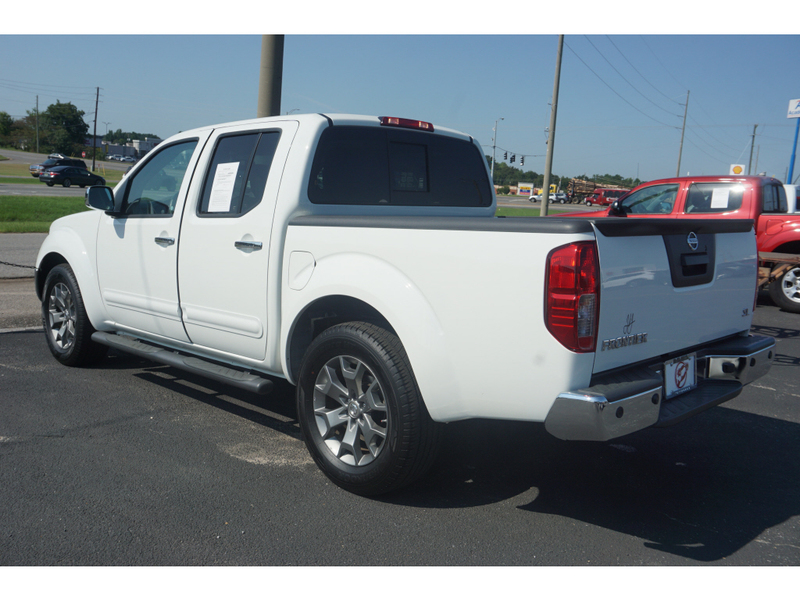 Pre-Owned 2019 Nissan Frontier SL 2WD