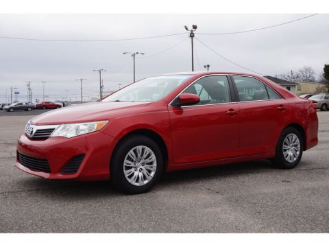 Pre-Owned 2014 Toyota Camry I4